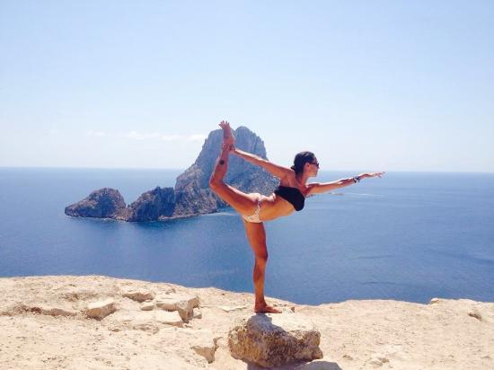 yoga-ibiza-lilypod.jpg