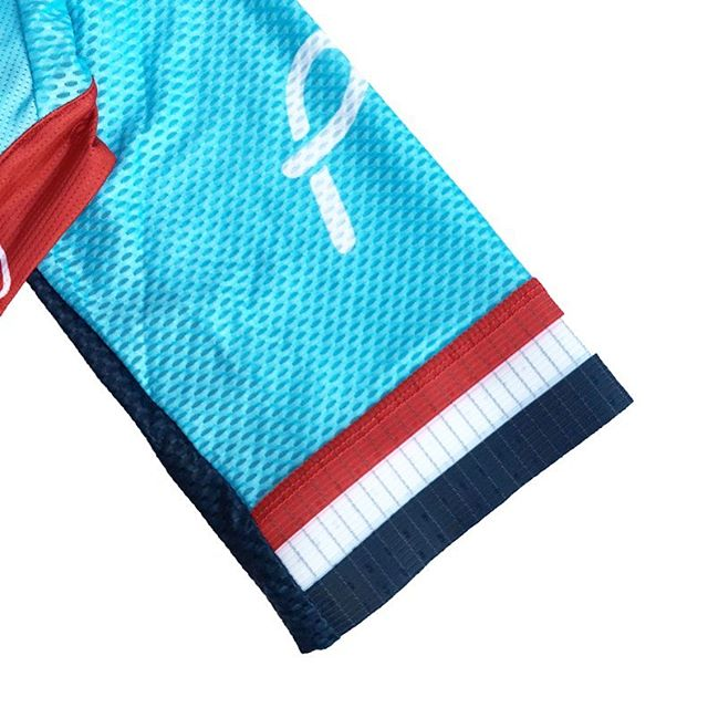 Keeping it classy 👌 We are now taking custom cycling kit orders for spring/summer 2018 | Send us a DM or mail at info@polkacustoms.com for more info and pricing! #polkacustoms
