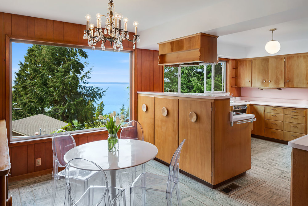 Mid century kitchen in Bellingham