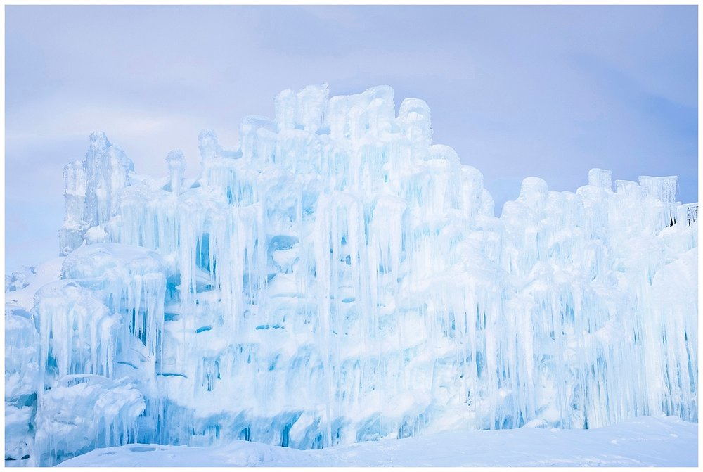 Andrea-Burolla-Photography-Denver-Childrens-Photographer-Icecastles-Dillon-Colorado.jpg