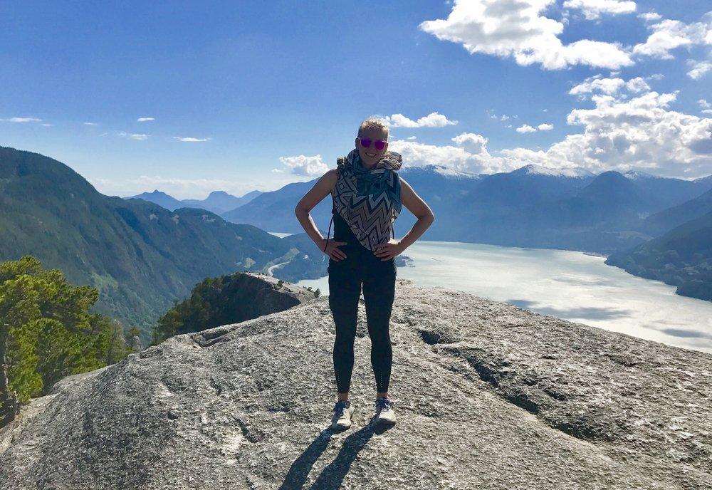 The Chief Center Summit, Stawamus Provincial Park, Squamish, British Columbia, Canada