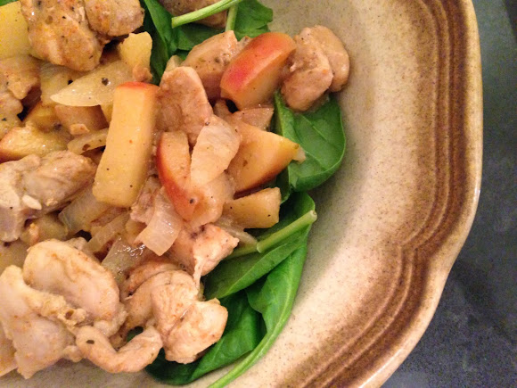 Worthy Pause Paleo Food Blog: Paleo Apple-Dijon Chicken