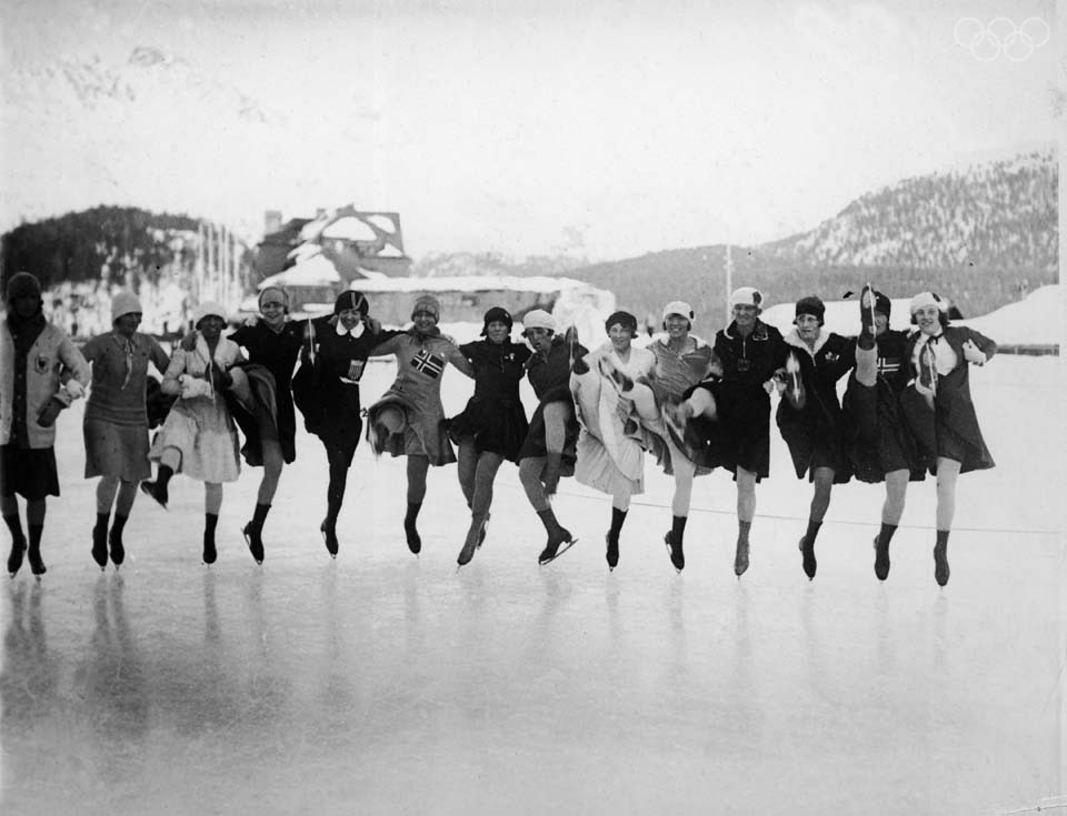 womens-figure-skaters-lake-placid-1932-olympics.jpg