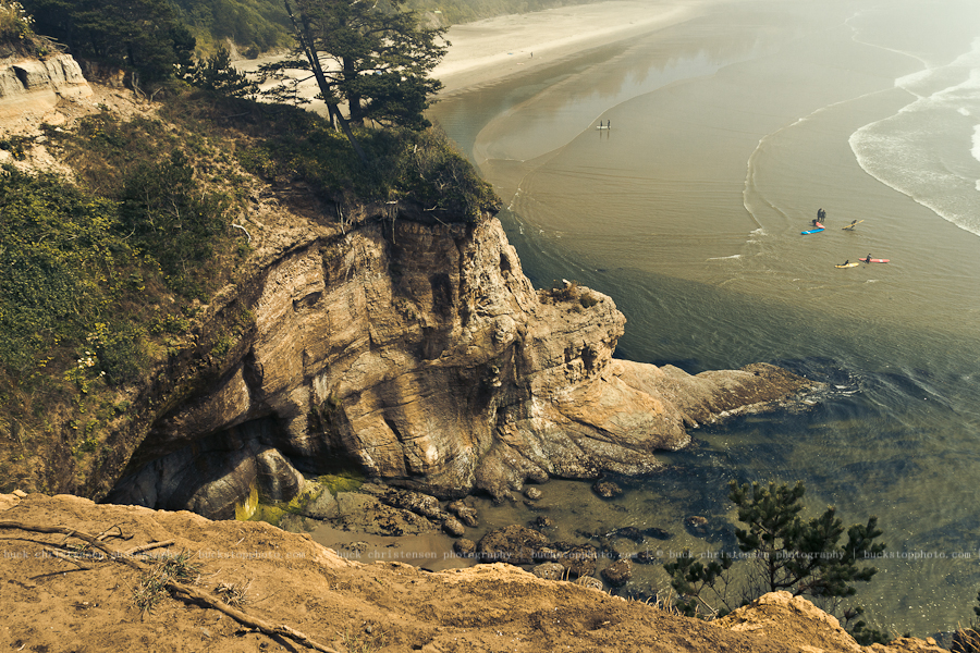 Surfers, Devil's Punch Bowl State Park