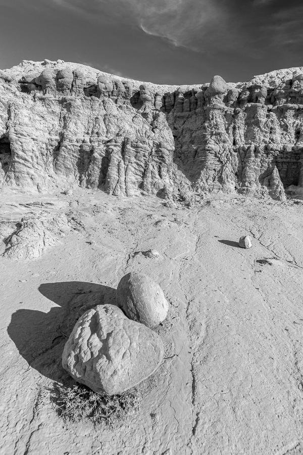 'talis umbras mundum regnant', Toadstool Geologic Park, Nebraska Sandhills