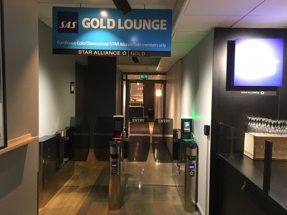 SAS Gold Lounge access
