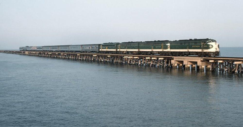 Train on lake Pontchatrain