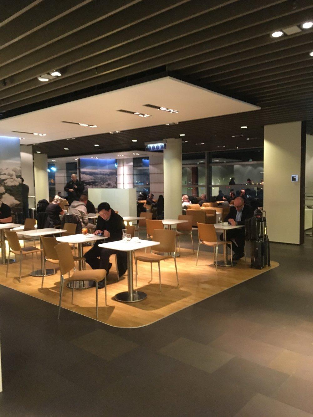 Lufthansa Business Lounge Schengen Terminal A - Frankfurt