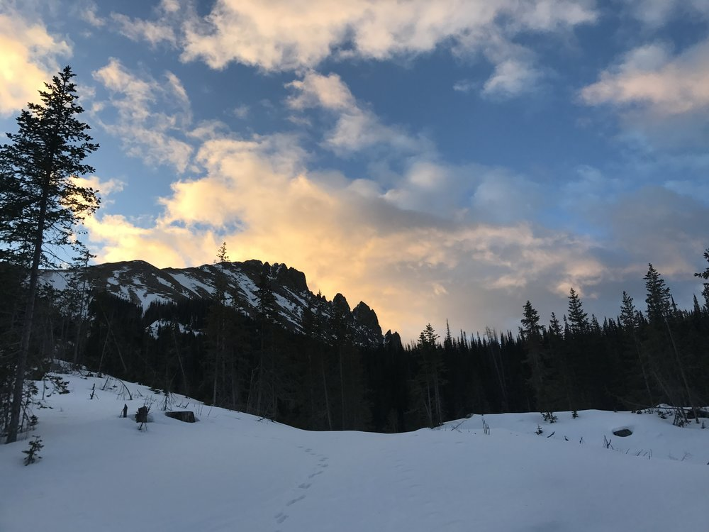 Sunrise alpenglow on Nohku Crags Dec 2017