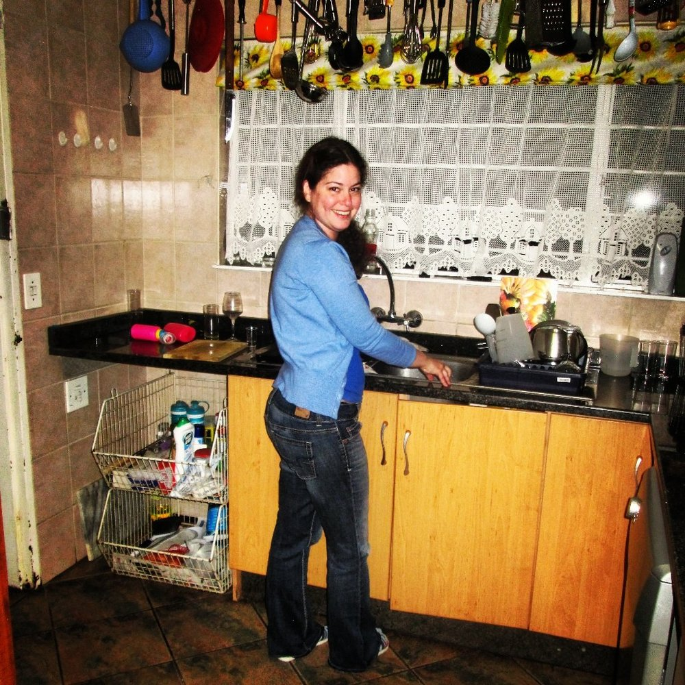 This is me washing dishes without paying attention to my posture and core :)