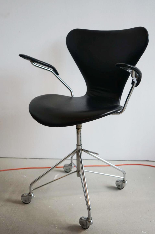 arne jacobsen office chair. Office Chair 3217 By Arne Jacobsen