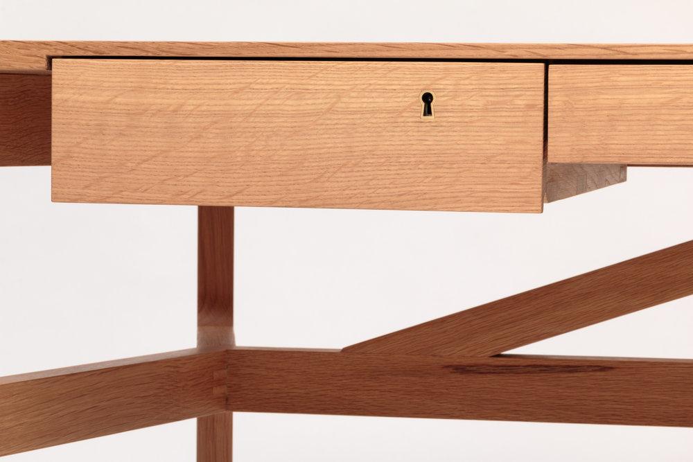 Taper Desk 3.jpg