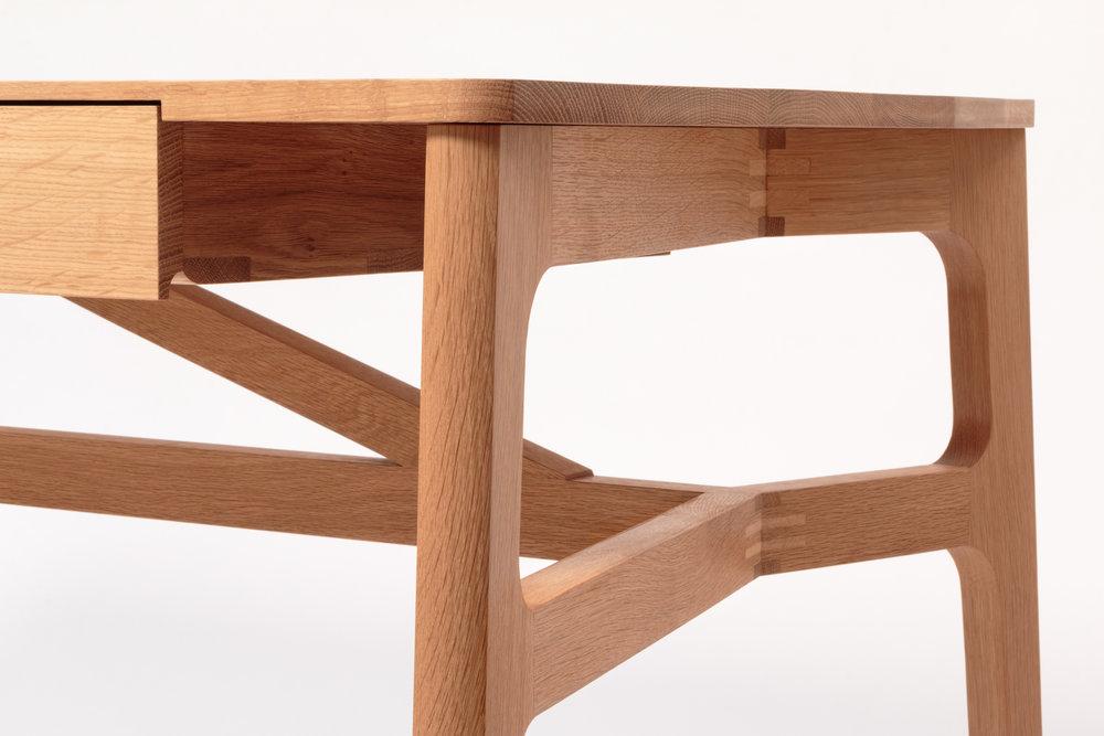 Taper Desk 4.jpg