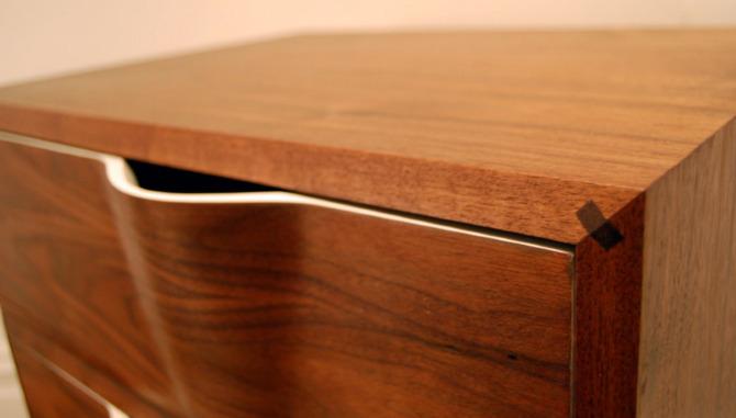 Ripple Dresser