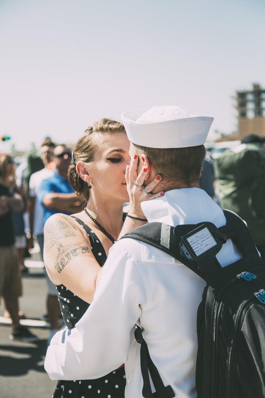 coronado-military-homecoming-photographer.jpg