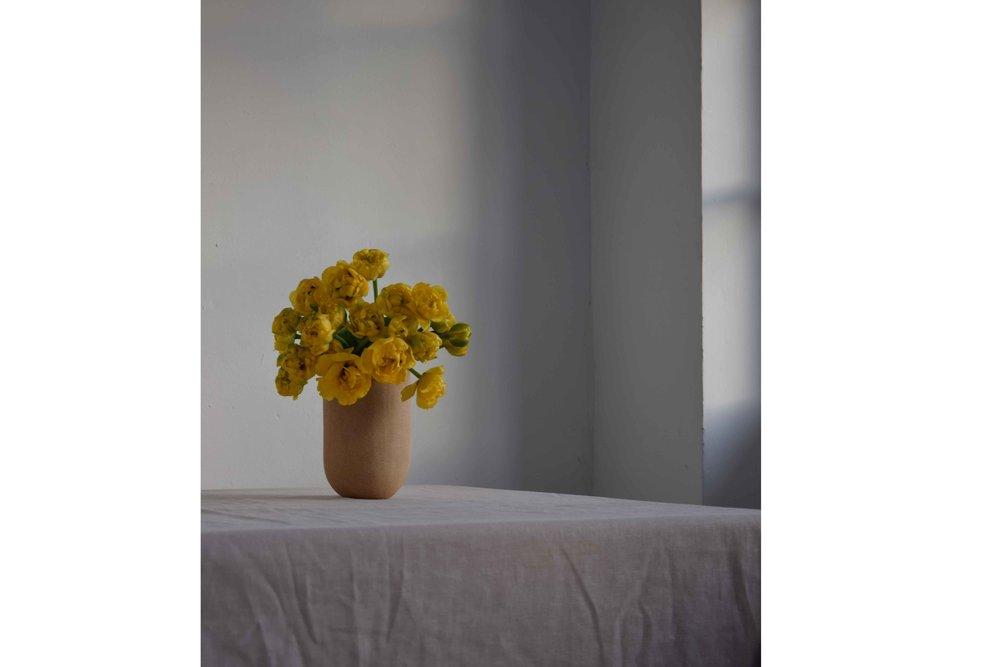sandvases-tulips.jpg