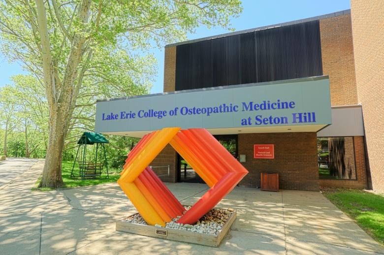 Seton-Hill-University-071SEm.jpg