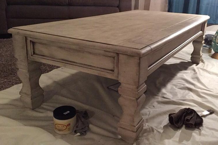 Painted with Dixie Belle Paint in Drop Cloth with Best Dang Wax (Image credit: Ivy Nelson)
