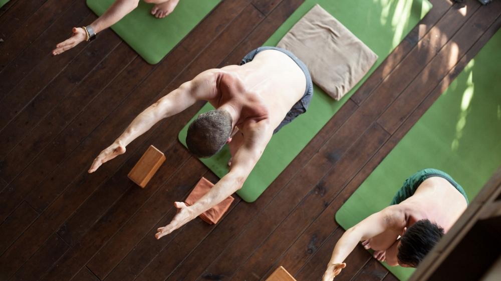 Men-Yoga