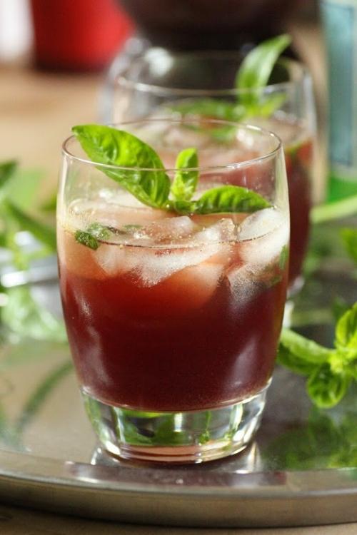 Pomegranate-Mocktail
