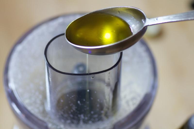 Olive Oil Aioli Drizzle