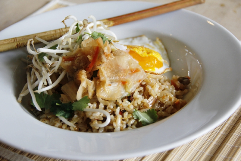kimchi-fried-rice-bowl