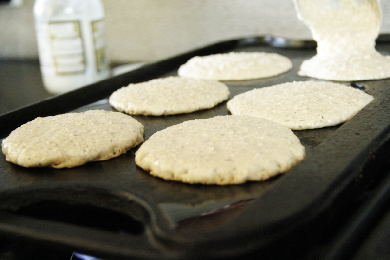 glutenfree-pancakes-cooking.jpg