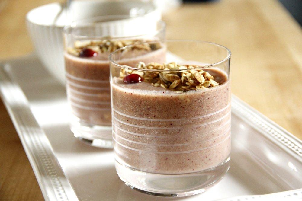 cranberry-smoothie-2glasses