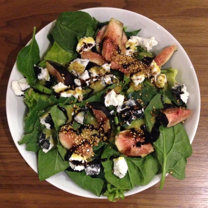 Spinach Figs Goat Cheese Salad With Balsamic Glaze Vinagrette Lemishmash