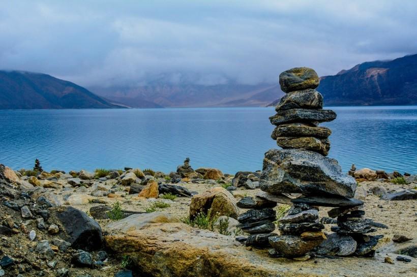 stones-1030811_1280 (1)