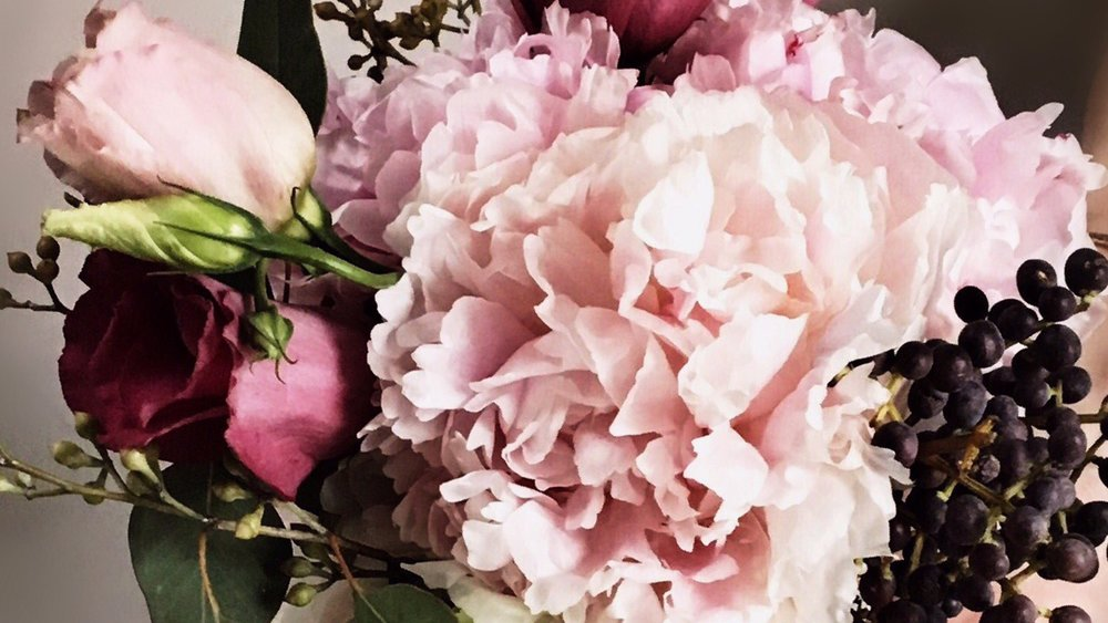 Fleurishes! (by JuJu), where exceptional florals are the norm!