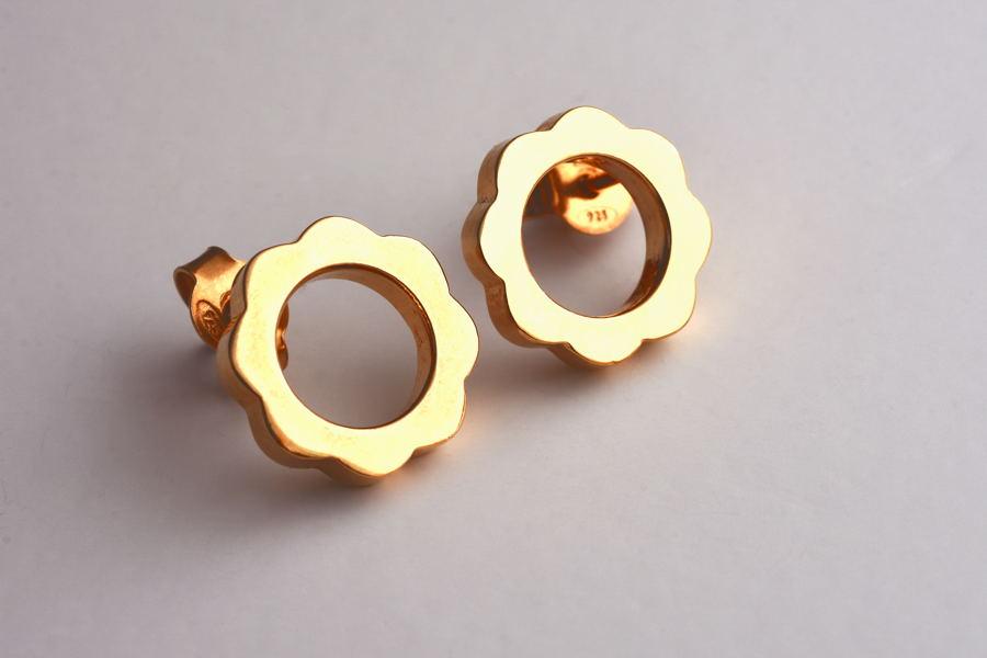 6. FLOWER POWER Stud Earrings_Yellow Gold Plated_V DESIGN LAB (3).JPG
