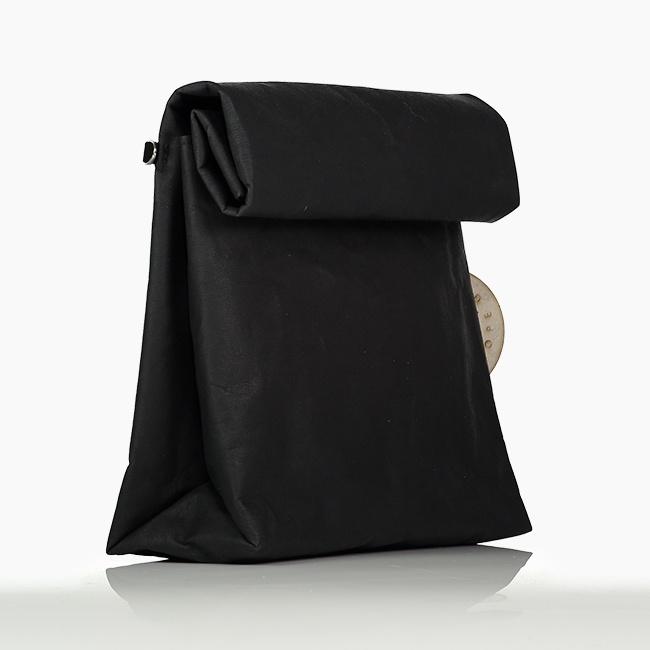 Pablo-Paper-Black-3-4-650x650.jpg