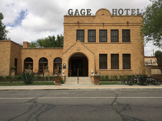 Photography credit for the Gage Hotel picture and the one below goes to my mom. Her camera is always nearby : )