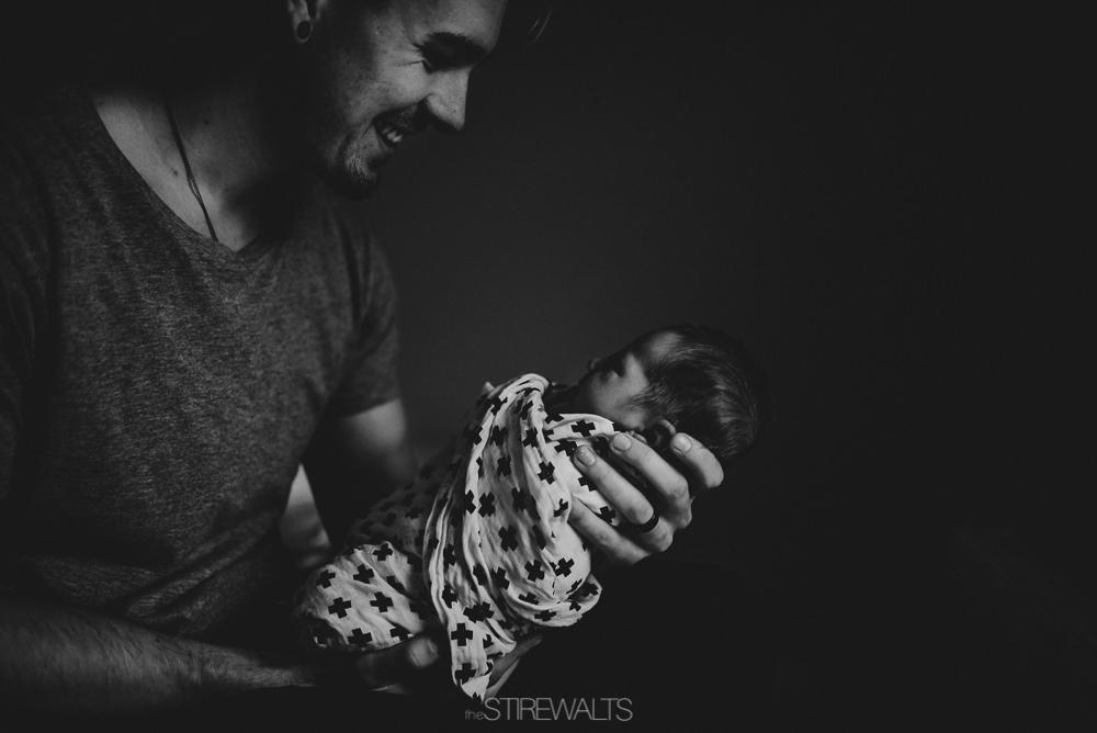 Hostetler.newborn.graceandchaos.©2017.TheStirewalts-21.jpg