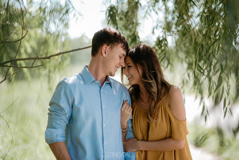 Katelyn.Dillon.Engagement.blog.TheStirewalts.photo.2017-2.jpg