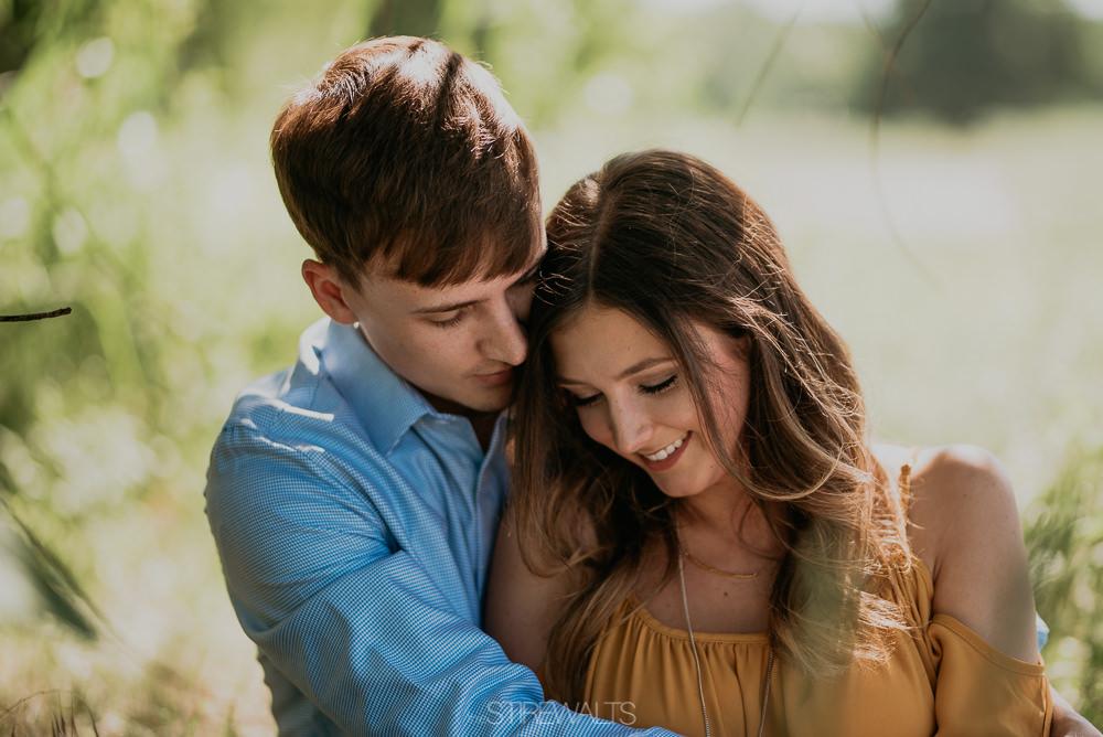 Katelyn.Dillon.Engagement.blog.TheStirewalts.photo.2017-5.jpg
