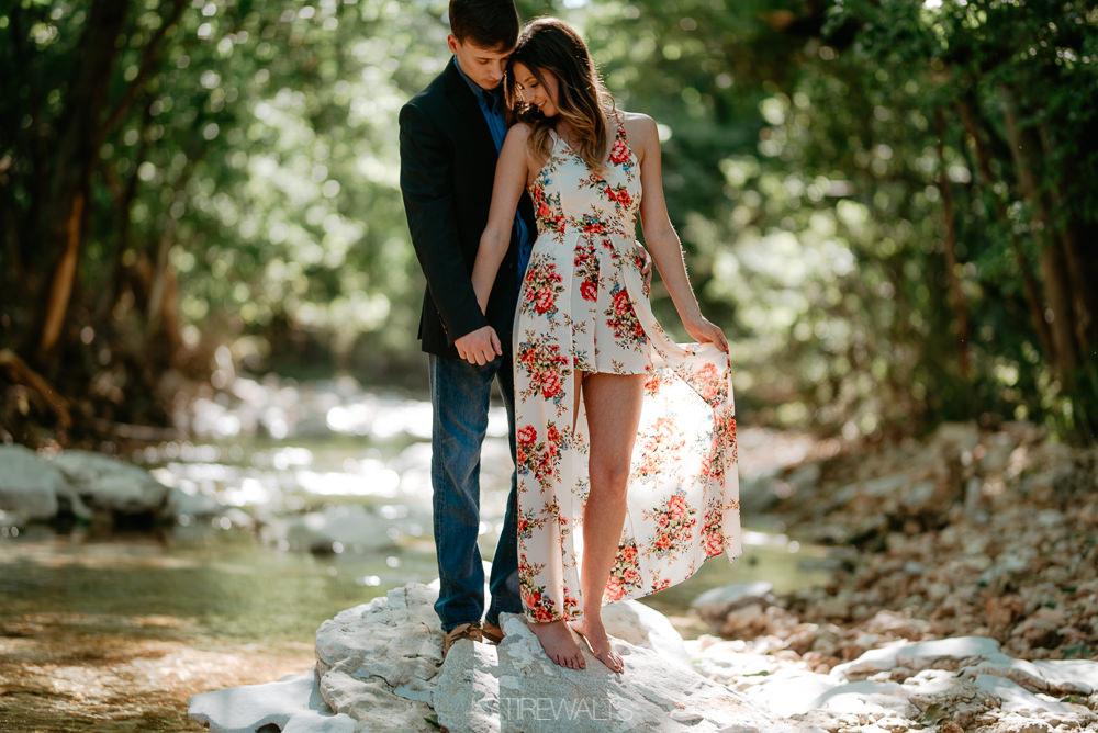 Katelyn.Dillon.Engagement.blog.TheStirewalts.photo.2017-33.jpg