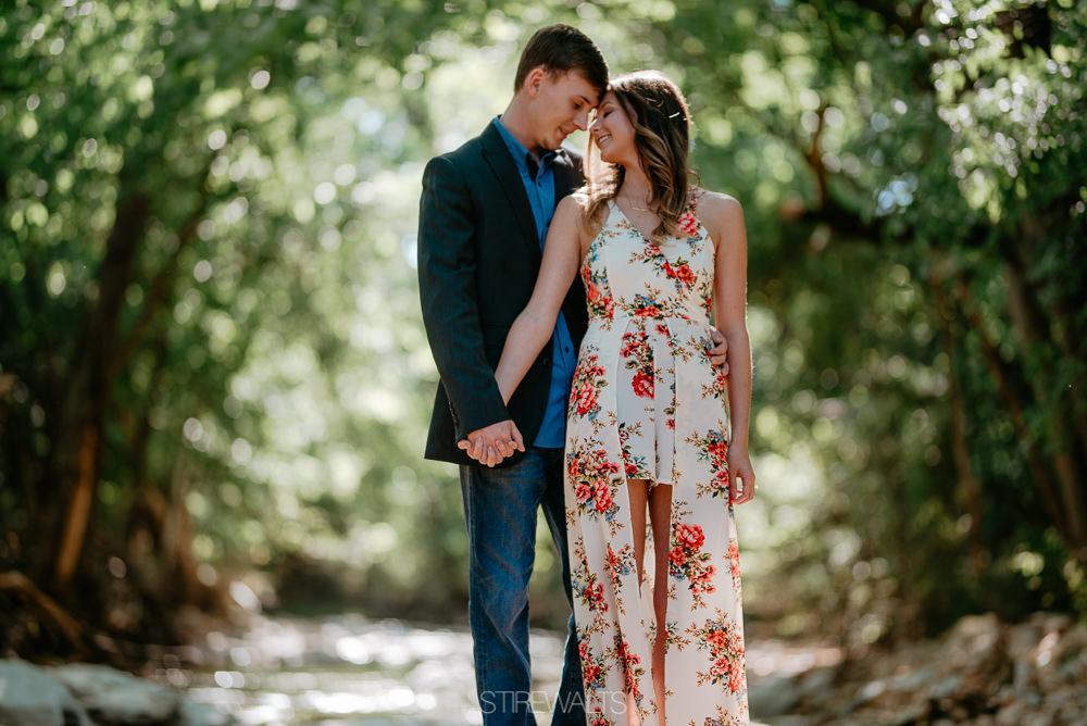 Katelyn.Dillon.Engagement.blog.TheStirewalts.photo.2017-34.jpg