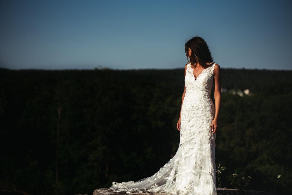 Katelyn.Maestri.Bridals.©2017.TheStirewalts-98.jpg