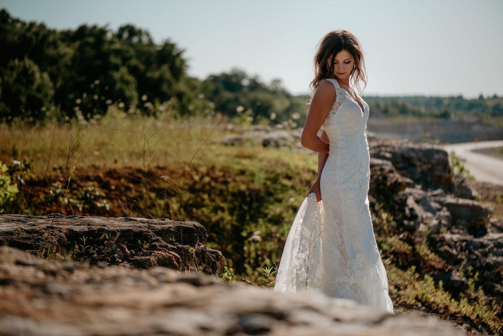 Katelyn.Maestri.Bridals.©2017.TheStirewalts-111.jpg