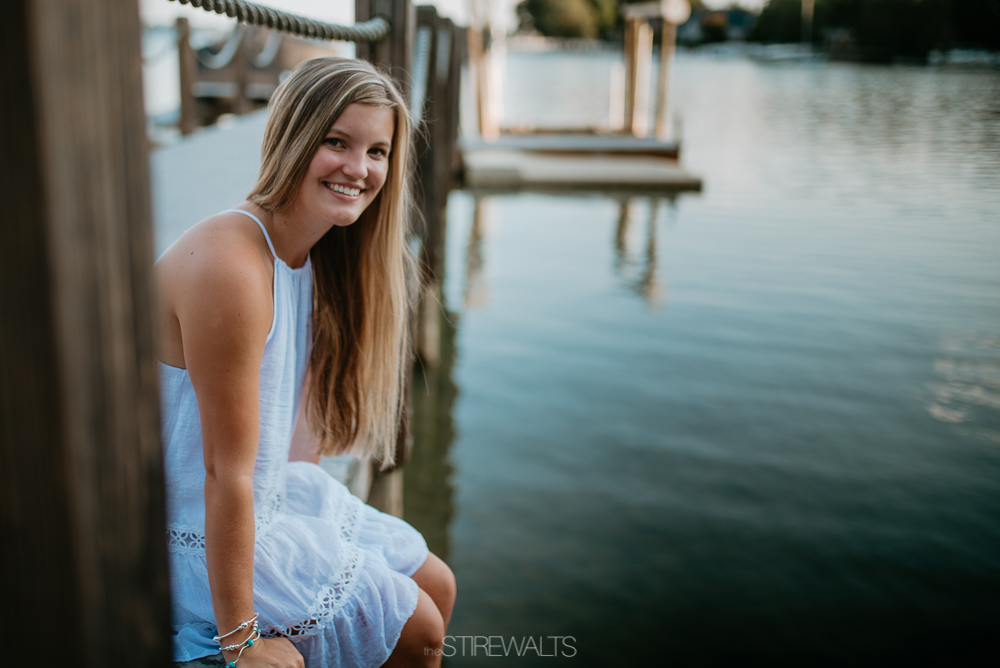 Kaylyn.Lewis.Senior.Blog.©2017.TheStirewalts.Photography.LLC-14.jpg