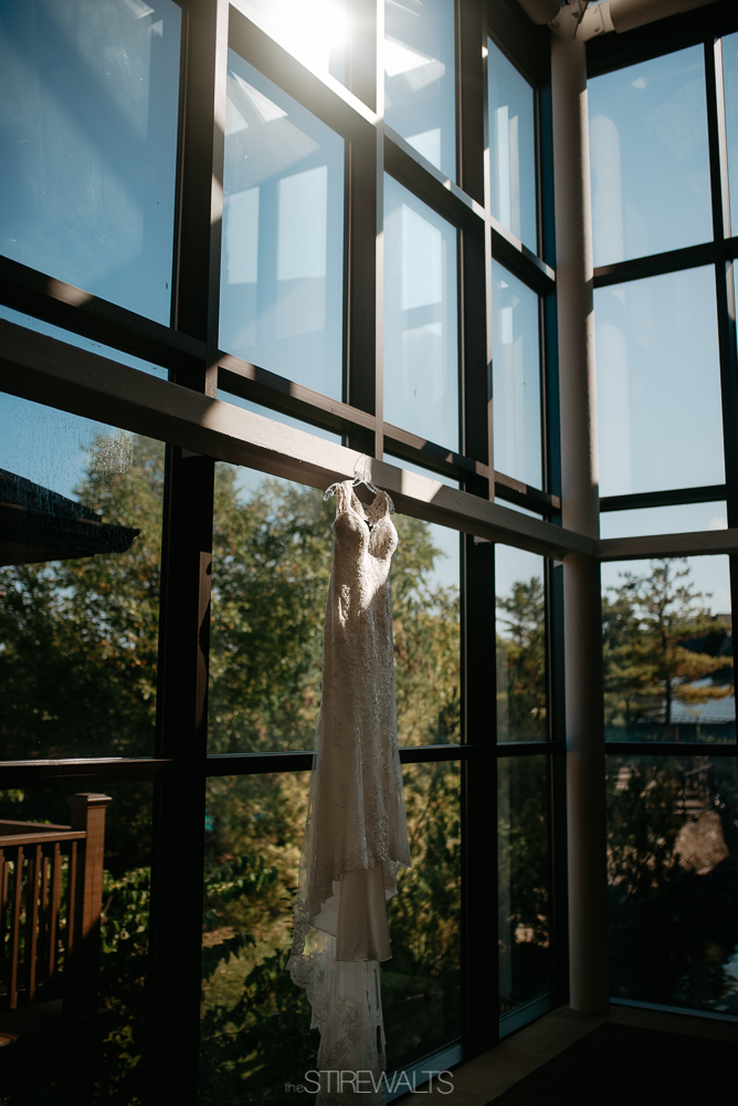 Amanda.Mike.Wedding.blog.©2017.TheStirewalts.Photography.LLC-2.jpg