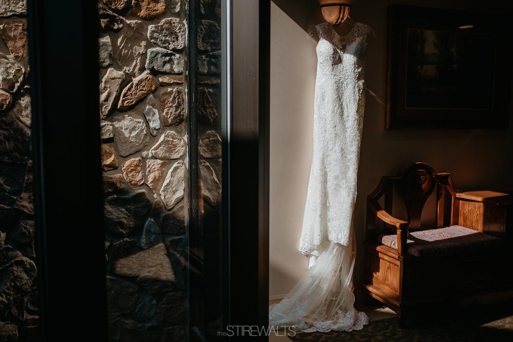 Amanda.Mike.Wedding.blog.©2017.TheStirewalts.Photography.LLC-3.jpg