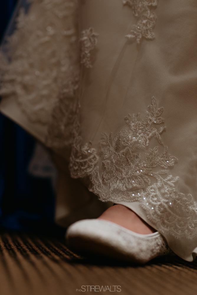 Amanda.Mike.Wedding.blog.©2017.TheStirewalts.Photography.LLC-16.jpg