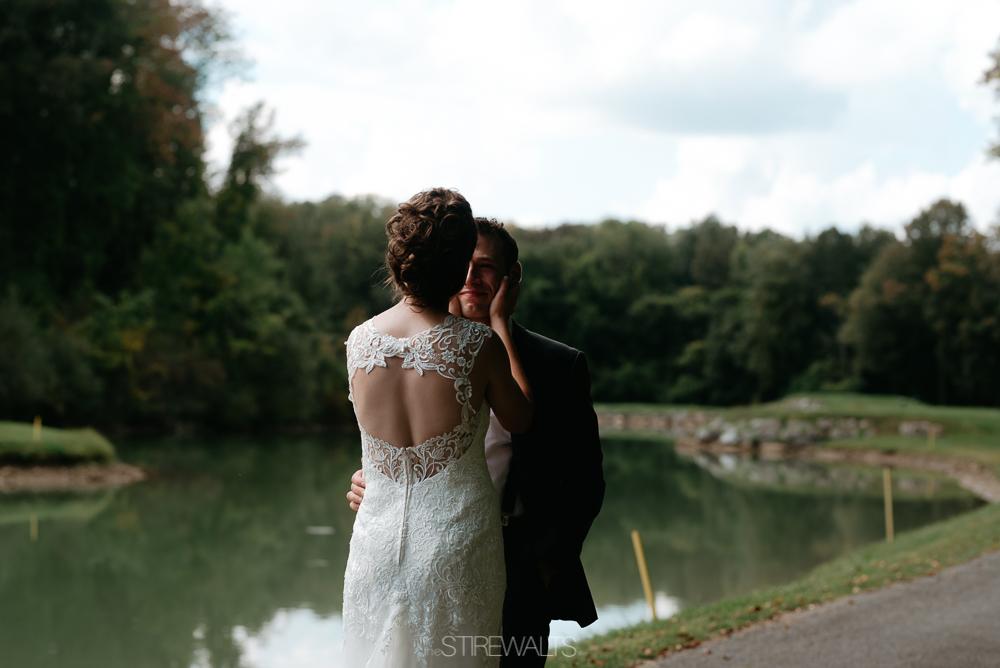 Amanda.Mike.Wedding.blog.©2017.TheStirewalts.Photography.LLC-44.jpg