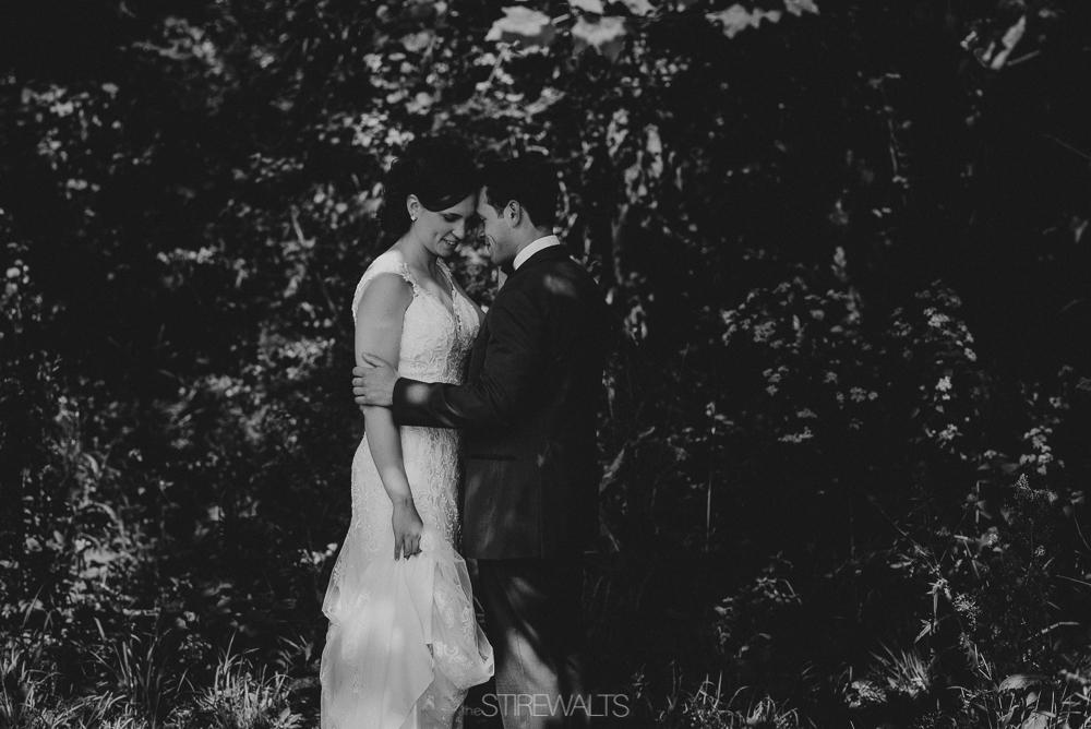 Amanda.Mike.Wedding.blog.©2017.TheStirewalts.Photography.LLC-53.jpg