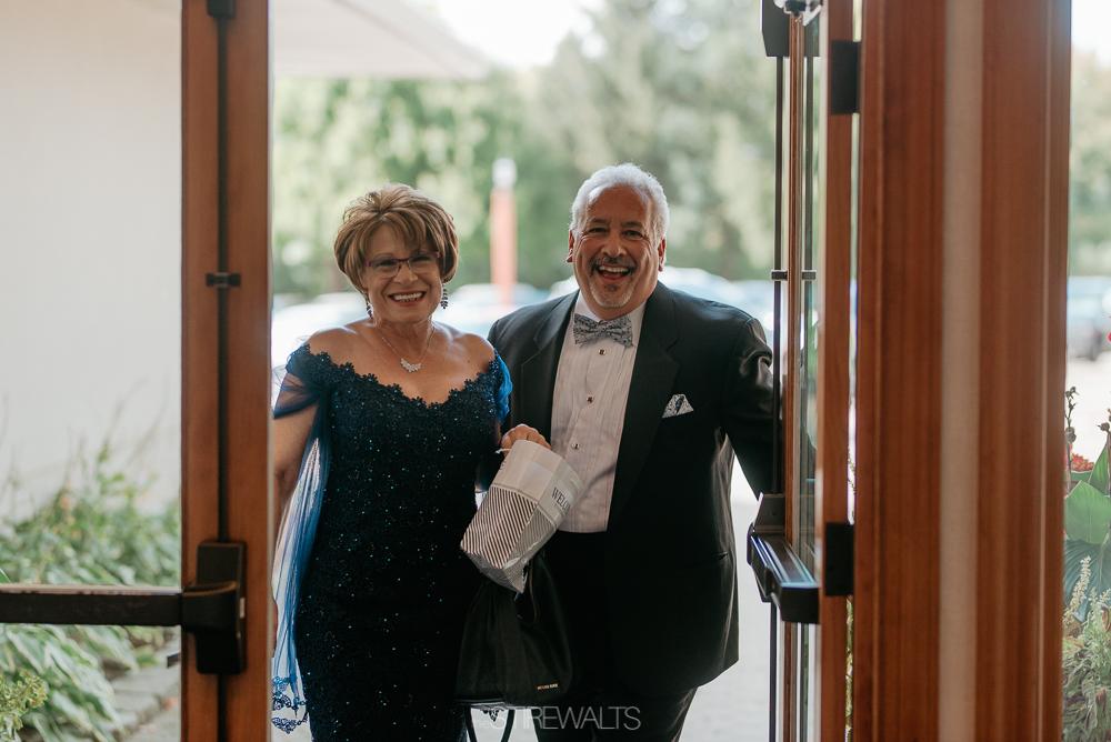 Amanda.Mike.Wedding.blog.©2017.TheStirewalts.Photography.LLC-69.jpg