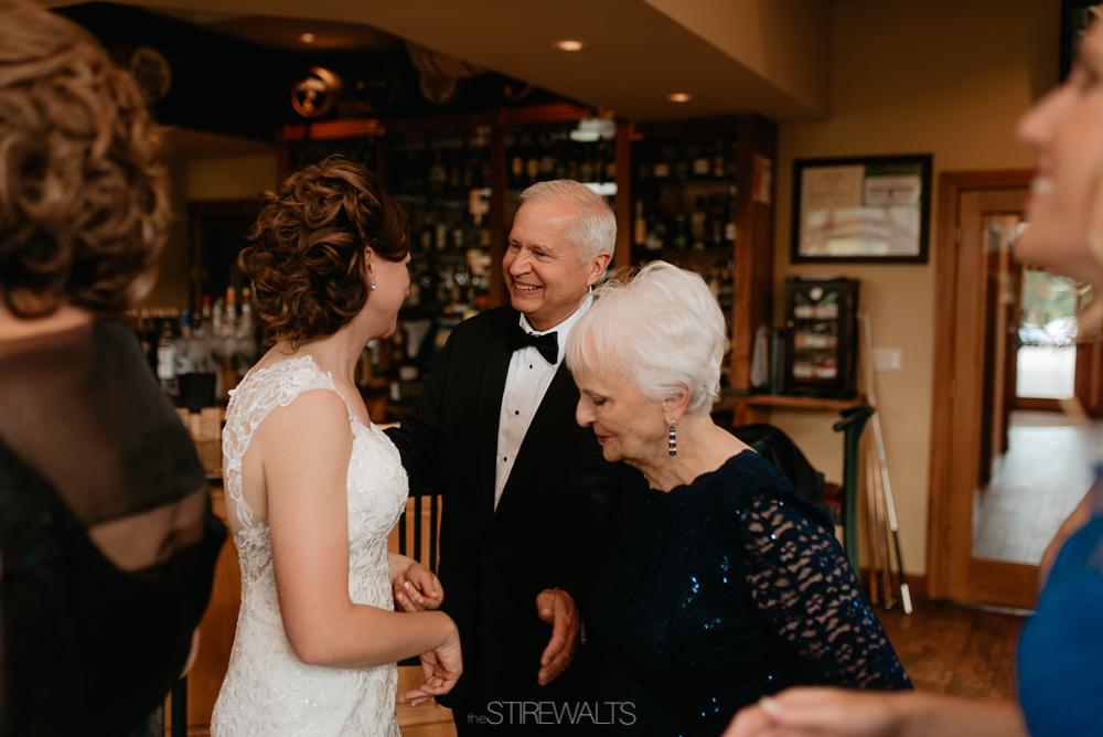 Amanda.Mike.Wedding.blog.©2017.TheStirewalts.Photography.LLC-74.jpg