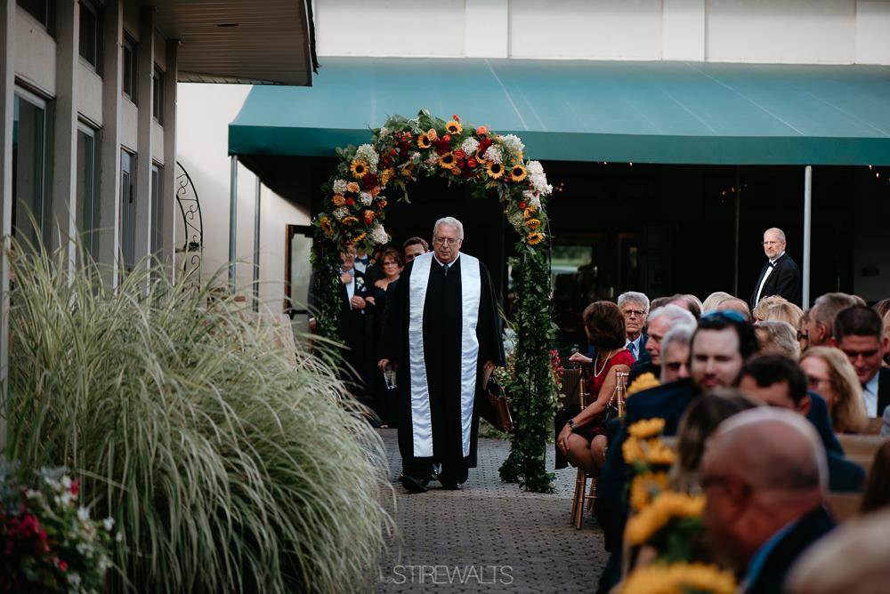 Amanda.Mike.Wedding.blog.©2017.TheStirewalts.Photography.LLC-85.jpg